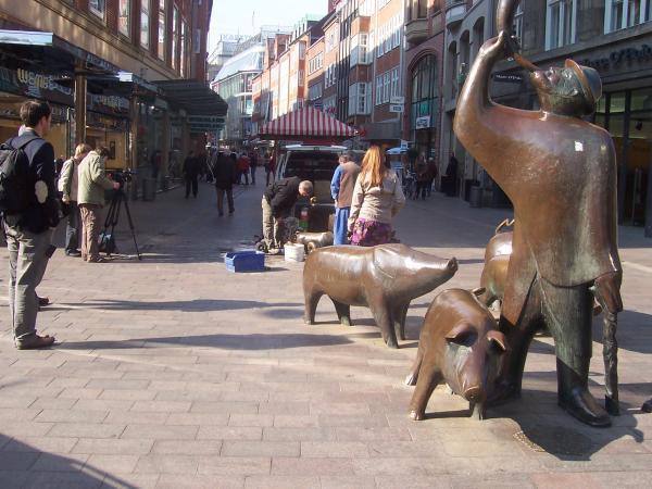 Bronzeskulptur Schweine in der Bremer Sögestraße